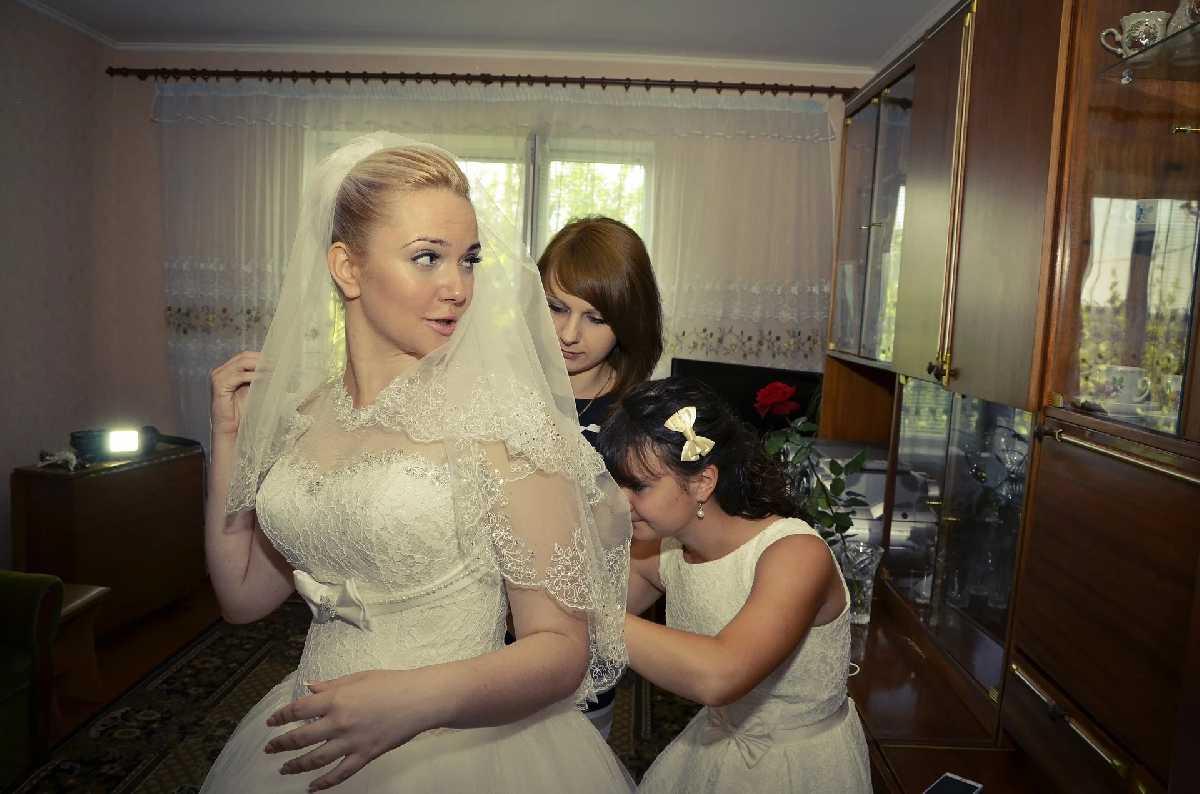 Инсценировать свадьбу для мамы?