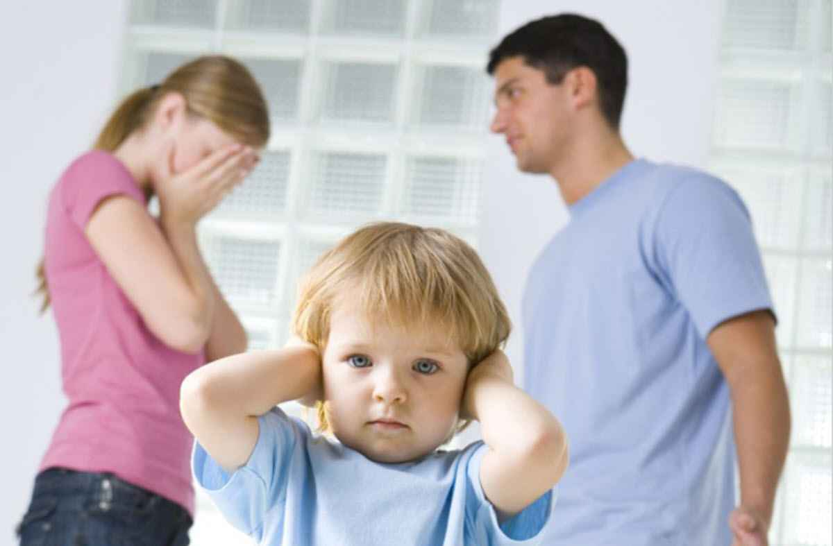 Оставить ребенка отцу?