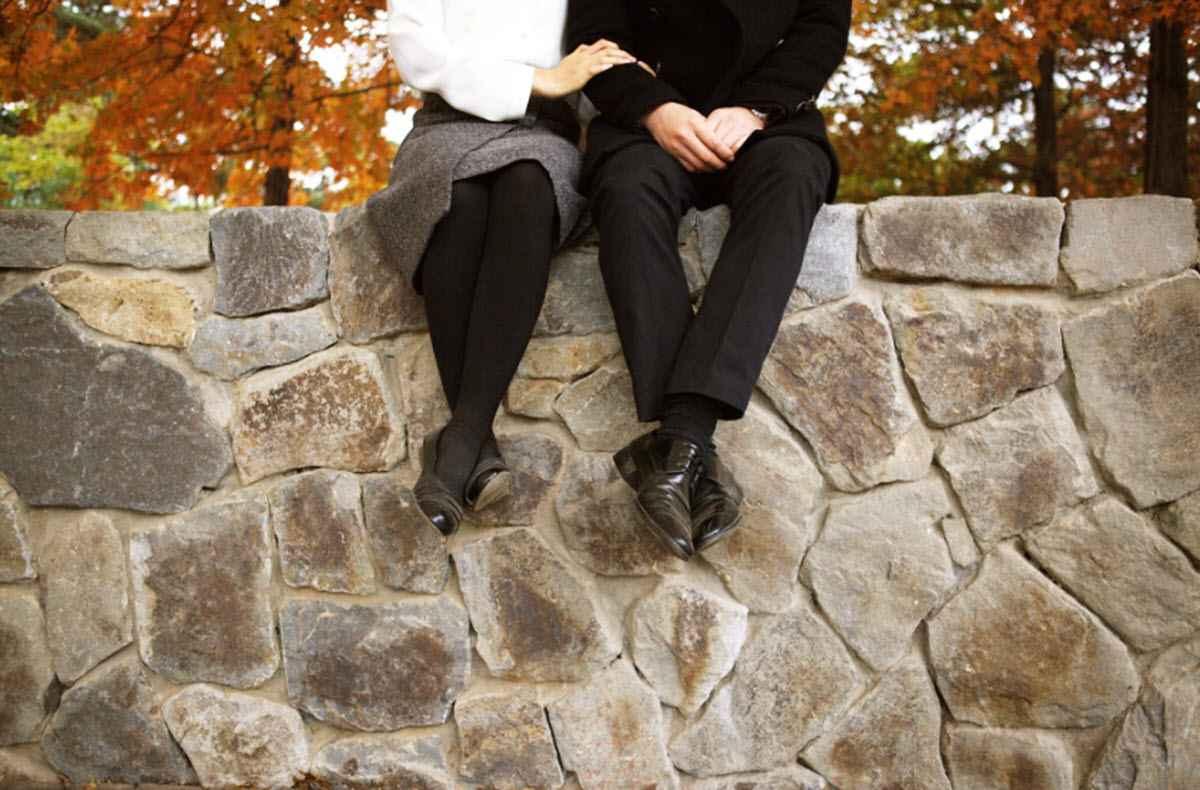 Вышла замуж за бывшего мужа подруги?