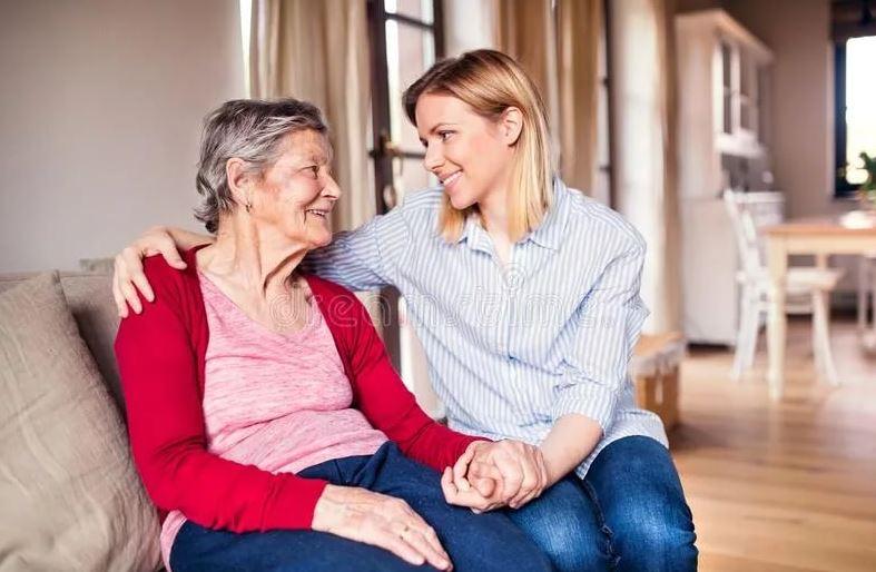 Бабушка всегда говорила, что квартиру свою отдаст внучке, а мать теперь делает вид, что не было таких разговоров: «Да перестань, это мы так шутили»