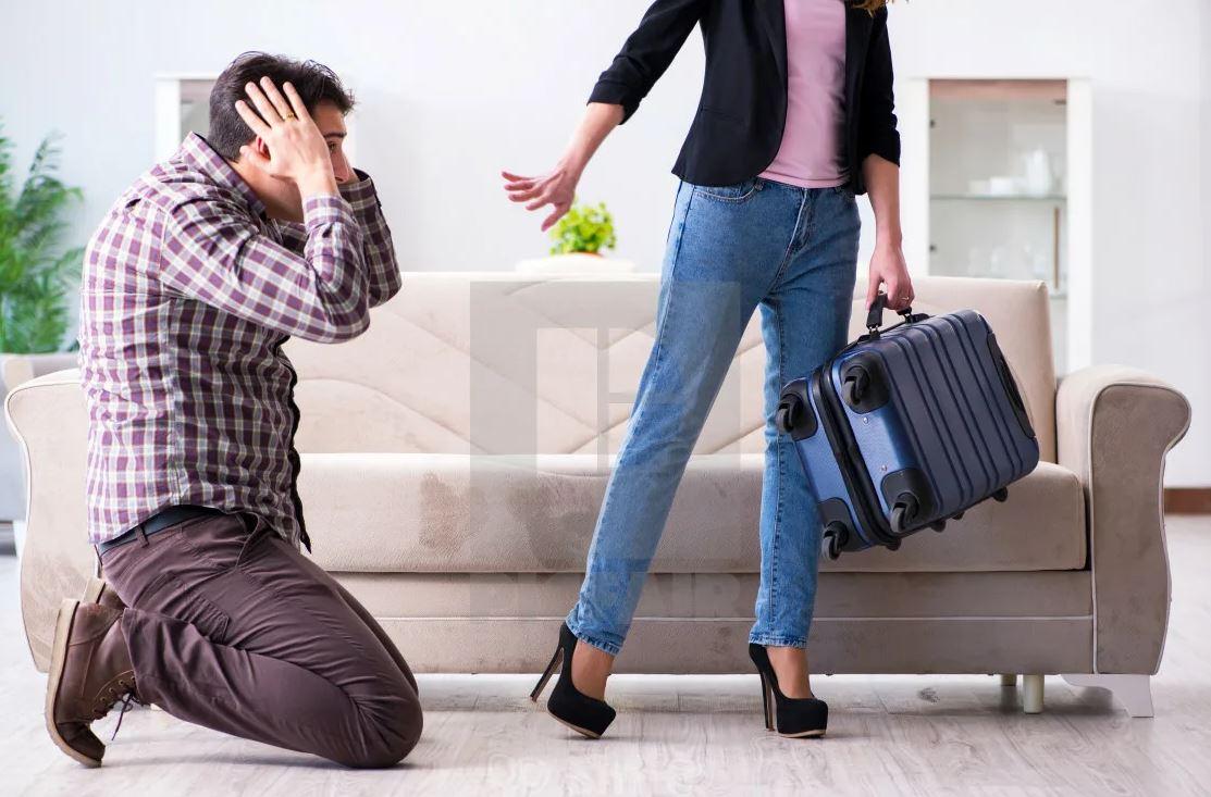 Девушки на работе пошутили на 1 апреля так, что у коллег теперь неприятности дома