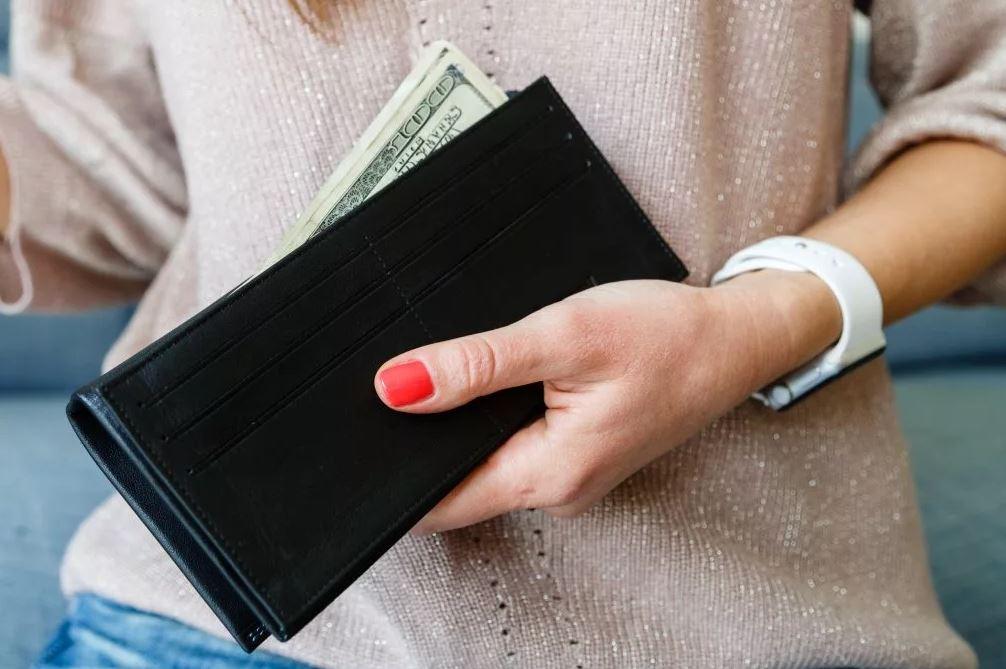 «Дочь попрекает тем, что живу на ее деньги!» – огорчается мать-пенсионерка