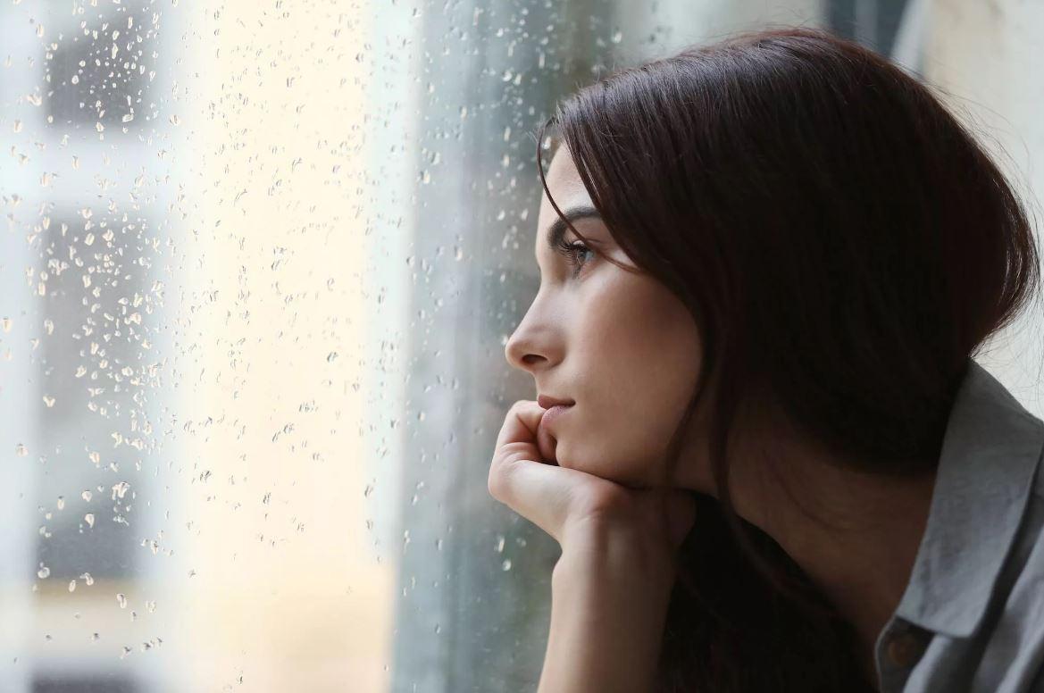 Дочь потеряла беременность на раннем сроке и полгода уже страдает. «Эгоистка, думаешь только о себе!» – злится мать