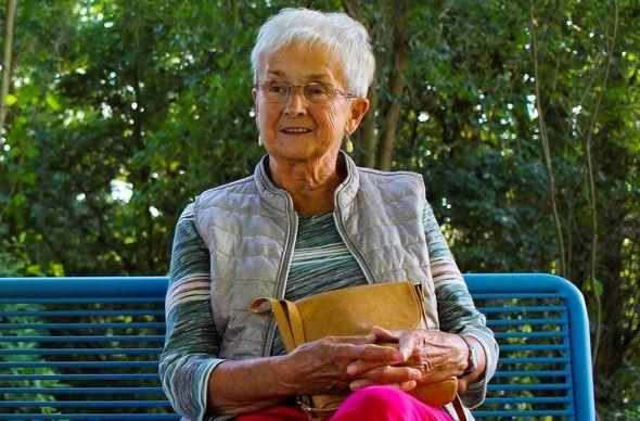 Готова уже просить у невестки прощения за то, что не помогла с внуком, но она заблокировала телефон