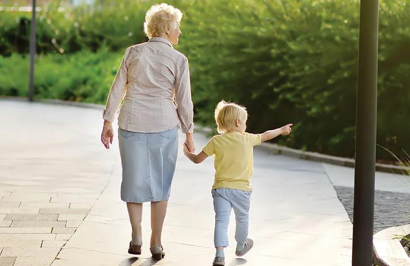 Мама помогает только там, где легче: «Возьму старшего внука на день, чтобы ты отдохнула с младшим!». Как будто с годовалым отдохнешь