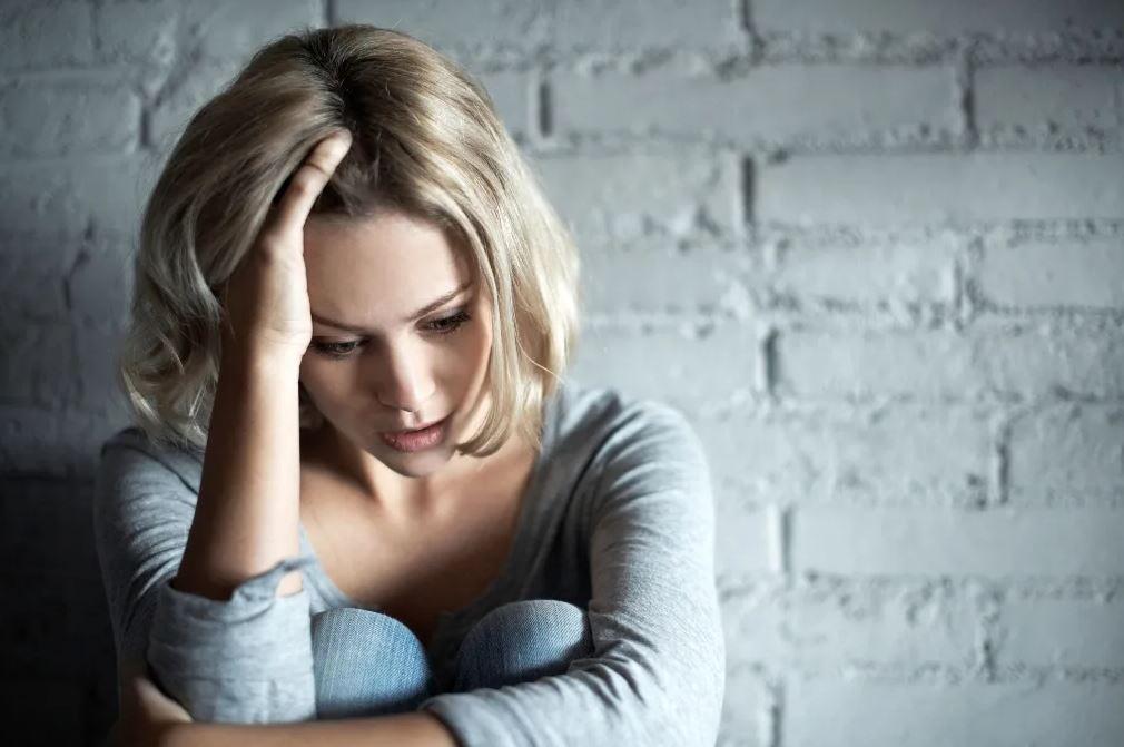 Не дала денег на сохранение беременности приемной дочери своей мамы: «Ей аборт нужно делать, а не сохранять!»