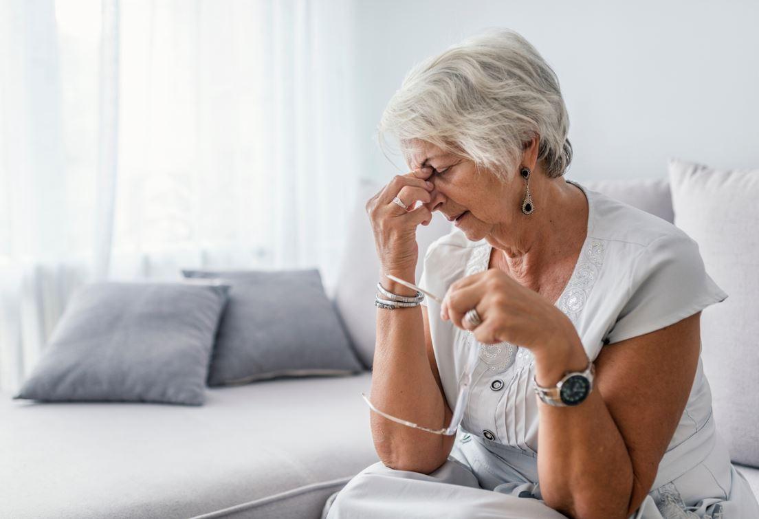 Подарили свекрови на юбилей большой портрет внучки, а она вернула подарок: «Не вписывается в интерьер»