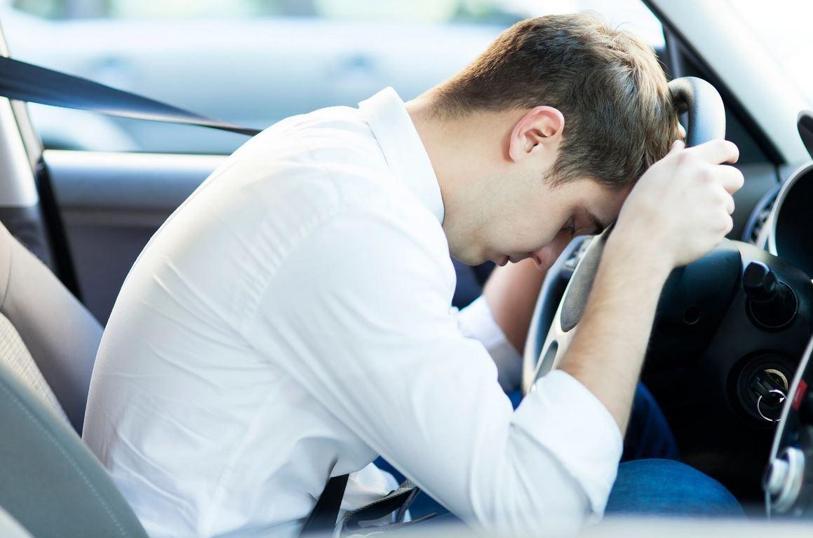 Подарили зятю машину, а он возить нас не хочет: «Мне сложно ехать в ночь»