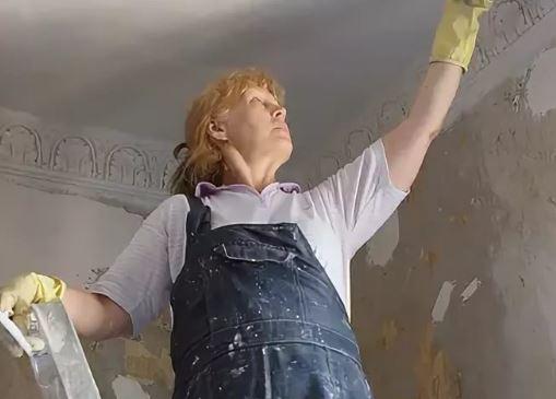 Пустила замужнюю дочь в свою квартиру, да еще и сама делает там ремонт: «Ну это же моя собственность, зять не обязан»