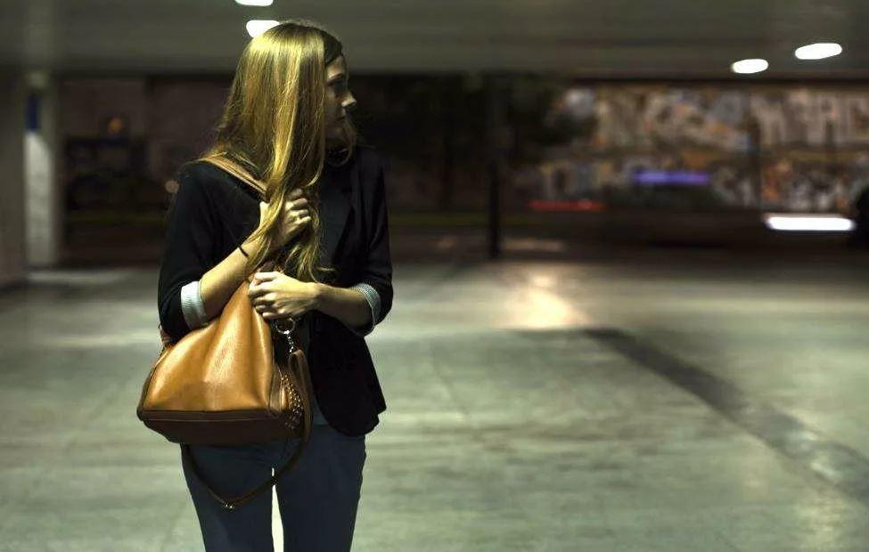 Разочаровалась в мужчине: после первого свидания не пошел провожать до дома