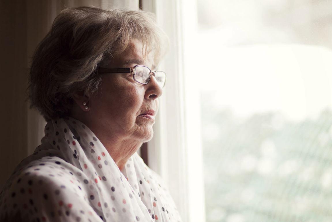 «Рот закройте в моем доме!» - заявила невестка. Поняла: родных у меня нет. Найду близких среди чужих, и квартиру им отпишу