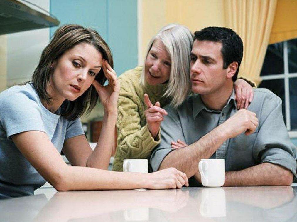 Свекровь ждет внуков, а муж не хочет признаваться, что детей нет и не будет из-за него