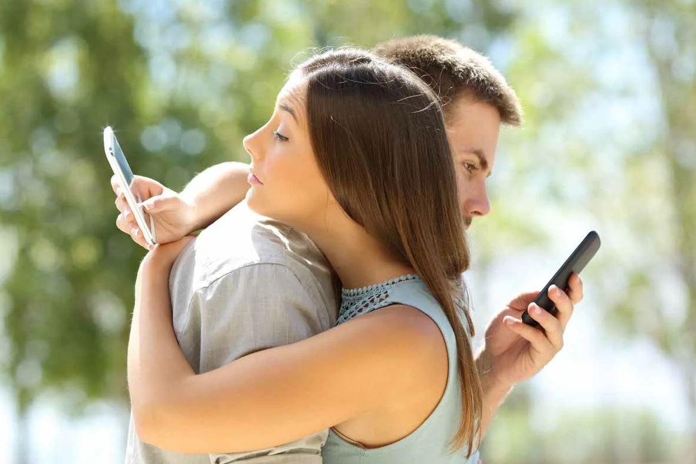 В браке уже семь лет, но родители мужа и жены не знакомы и не стремятся даже встретиться: «О чем мы будем с ними разговаривать?»