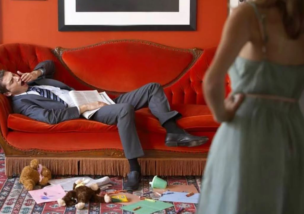 Вышла на работу из декрета против желания мужа, и теперь дома все наперекосяк: «Тяжело? Увольняйся, сиди дома!» – ворчит муж