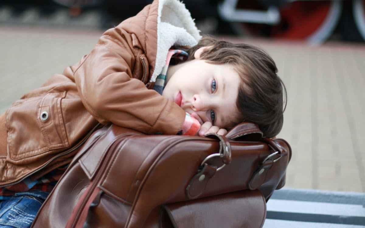 Отвезти ребенка своей матери в другой город - значит, бросить?
