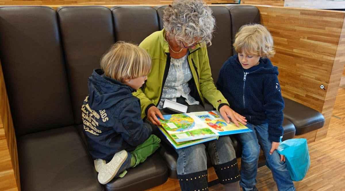 Помощь в старости нужно заслужить?