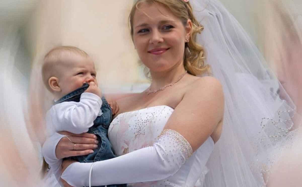 Чем младше ребенок, тем проще с ним выйти замуж?